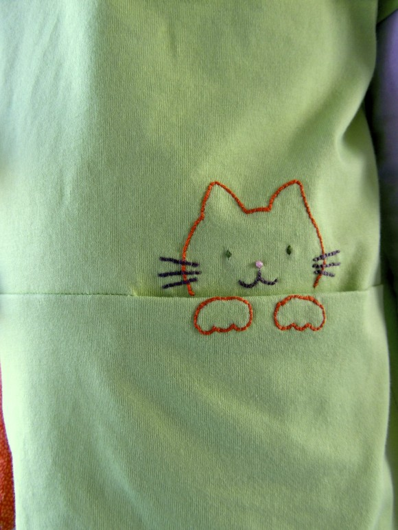 Oliver + S Lunch Box Tee with cat embroidered pocket