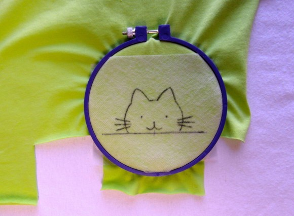 Embroidering a cat on the Oliver + S Lunch Box Tee