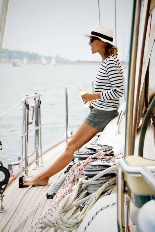 maritime-inspiration-with-shorts