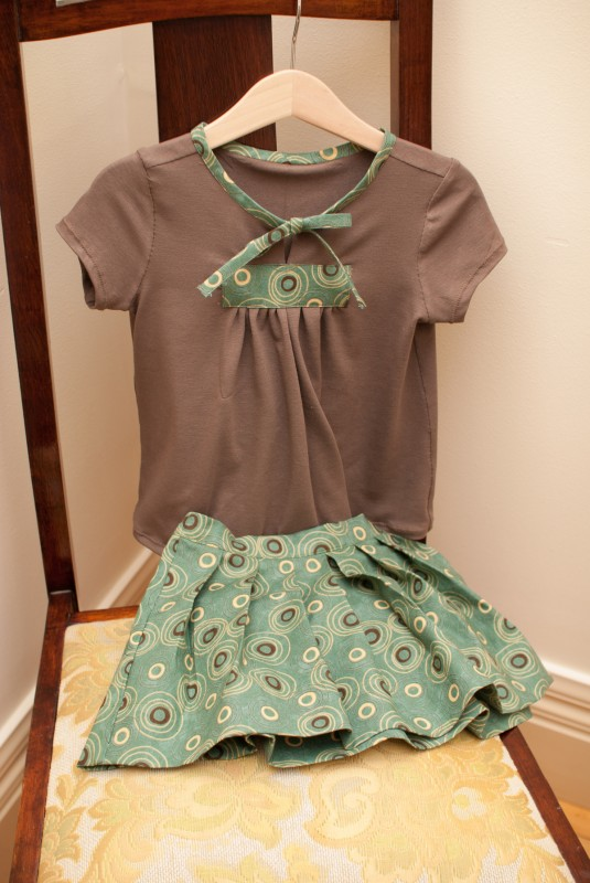 Oliver + S 2 + 2 Blouse + Pleated Skirt
