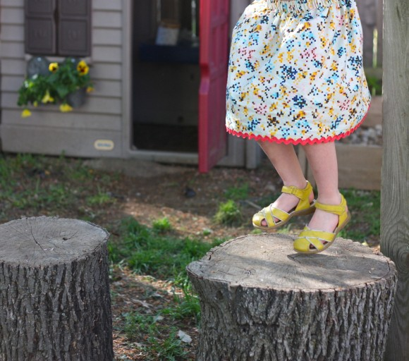 Jumbo ric-rac at the hem of the Oliver + S Lazy Days Skirt