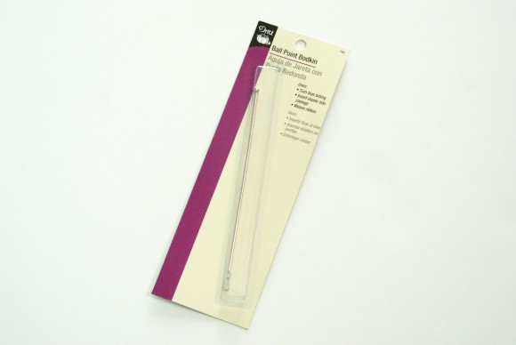 Ball Point Bodkin for inserting elastic on the Oliver + S Swingset Skirt