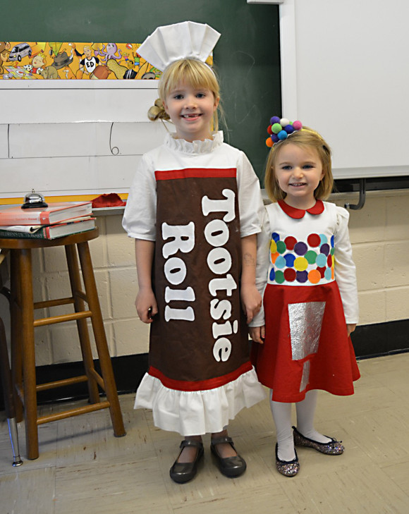 tootsie-roll-gumball-machine