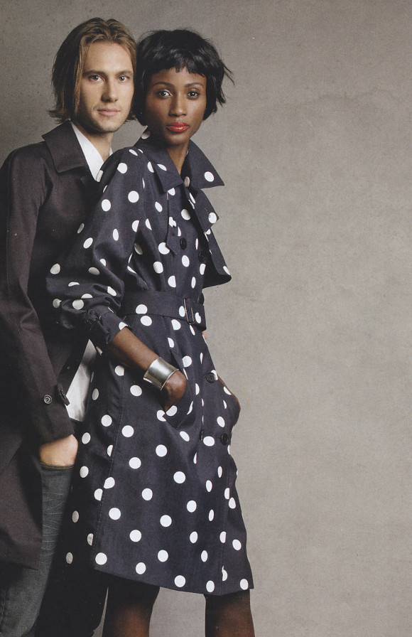 trench-silk-dots