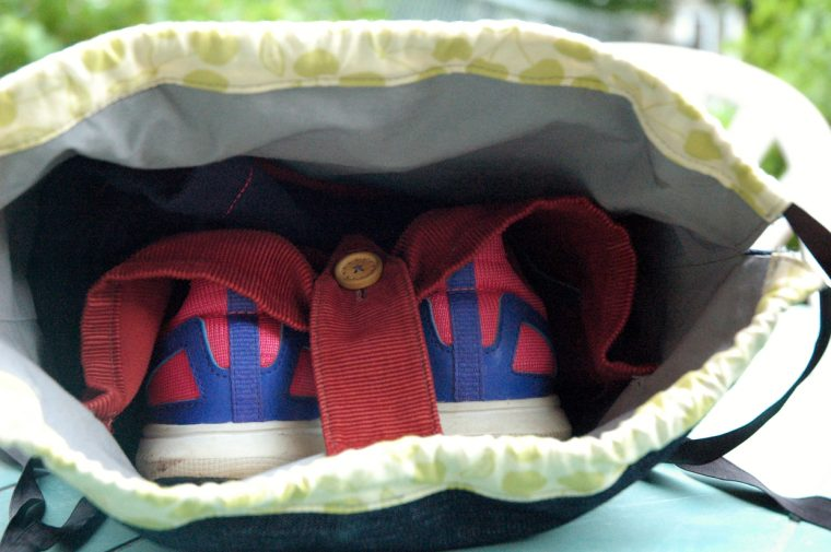 Interior pocket in drawstring backpack