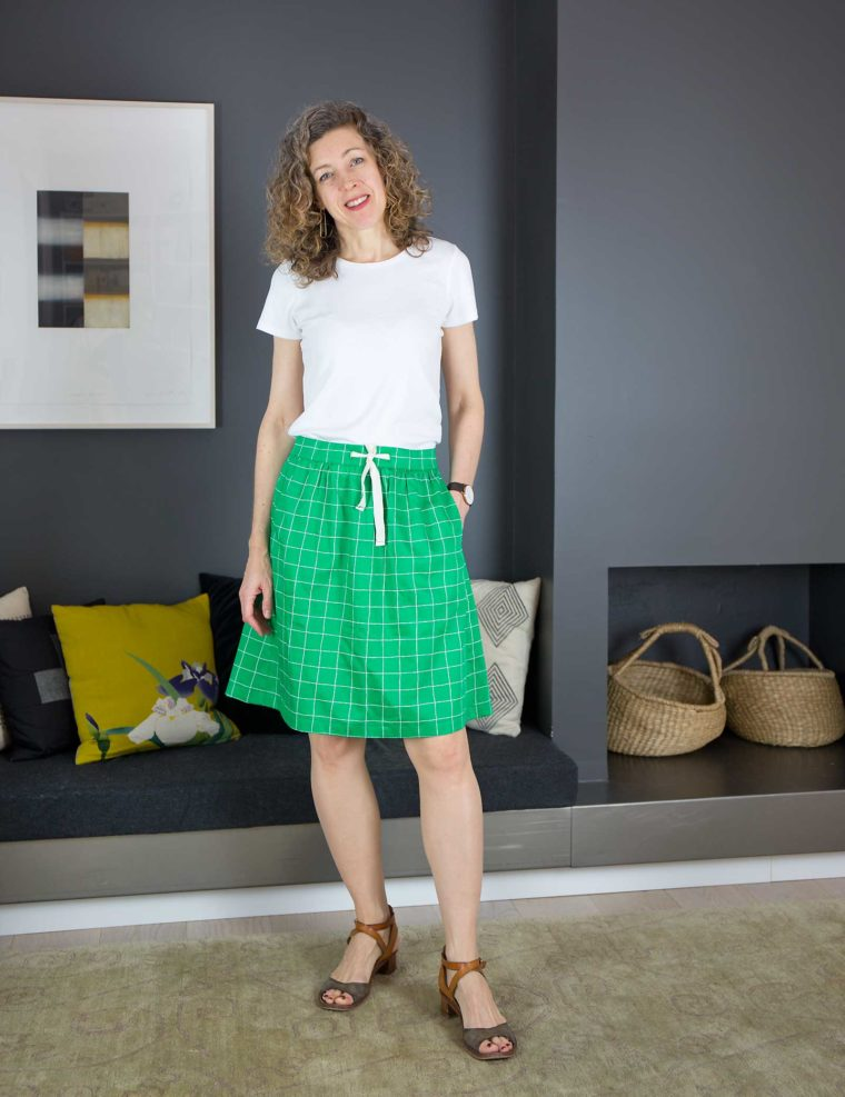 How to add a drawstring to the Everyday Skirt pattern - adapt this tutorial for any pattern!