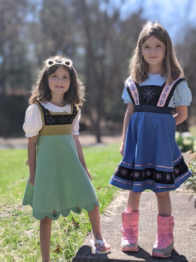 DIY Anna and Elsa as kids dresses.