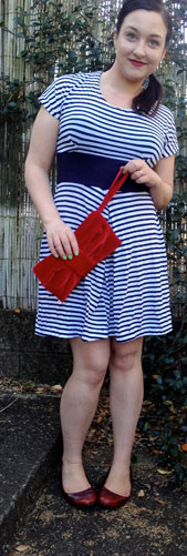 digital red velvet clutch sewing pattern